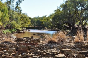 Stonewalls at Combo Waterhole in the Diamantina