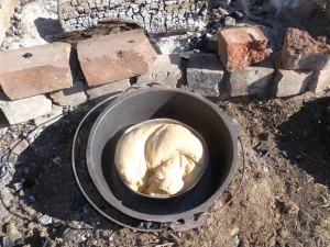 bread-in-the-camp-oven
