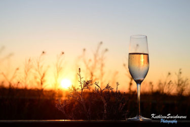 champagne-on-the-ghan